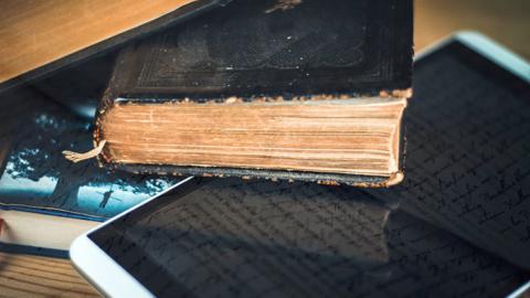 Zašto je čitanje knjiga bolje od gledanja televizije i surfovanja internetom