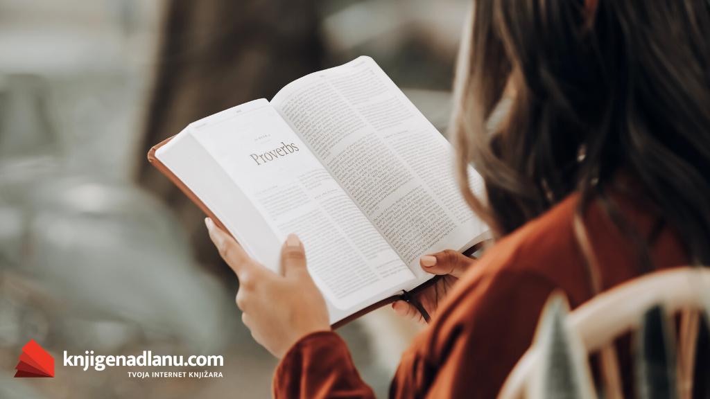 Spisak 9 inspirativnih knjiga koje svaka žena treba da pročita